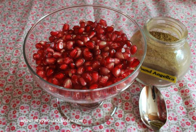 pomegranate-seeds-angelica4-small