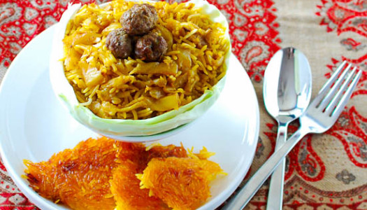 Kalam Polow Ghermez ~ Persian Cabbage Rice with Tomato Sauce